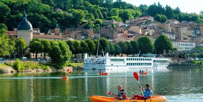 Où camper à petit prix à Lyon ?